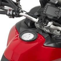 GIVI BF11 FLANGIA PER BORSE DA SERBATOIO TANLOCK E TANLOCKED SPECIFICA PER KTM 1290 SUPER DUKE DAL 2013 AL 2019 / R DAL 2017 AL 2019