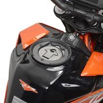 GIVI BF33 FLANGIA PER BORSE DA SERBATOIO TANLOCK E TANLOCKED SPECIFICA PER KTM DUKE 125 / 390 DAL 2017 AL 2019